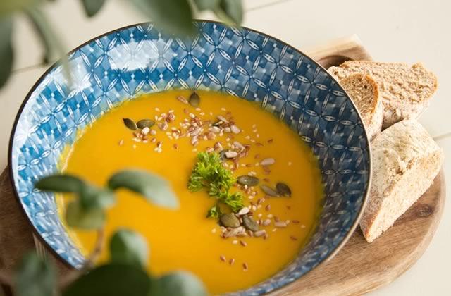 3 recettes de soupe faciles pour te réchauffer tout l'hiver