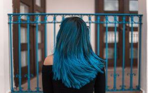 Les 7 commandements pour teindre tes cheveux toi-même