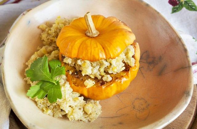 recette-courge-jack-be-little-farcie-quinoa-gingembre.jpg