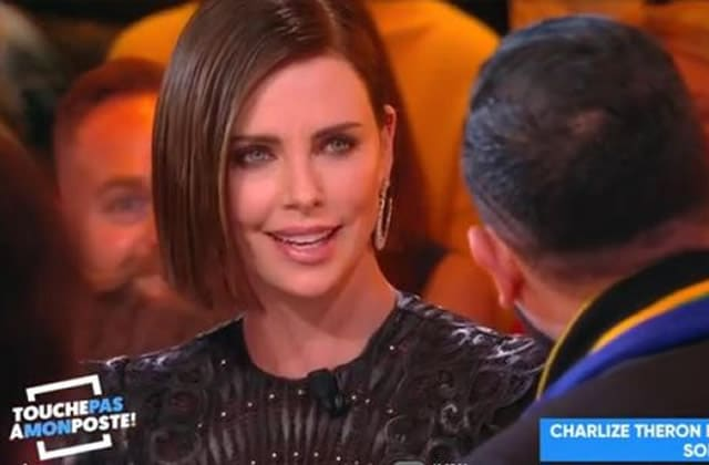 Charlize Theron recadre Hanouna sur le consentement