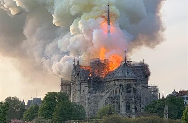 Pourquoi je pleure Notre-Dame, qui n'est pas «qu'un tas de pierres»