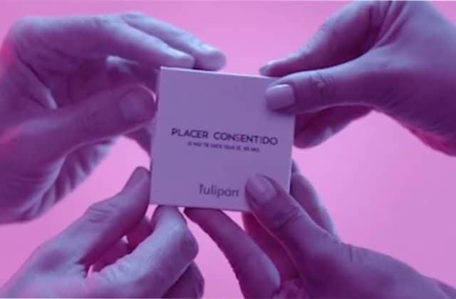 Ce préservatif spécial consentement ne peut s'ouvrir qu'à 4 mains