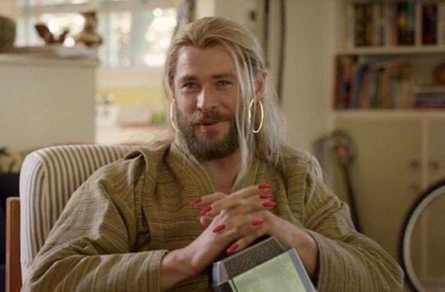 Les acteurs d'Avengers se mettent aux manucures glamour