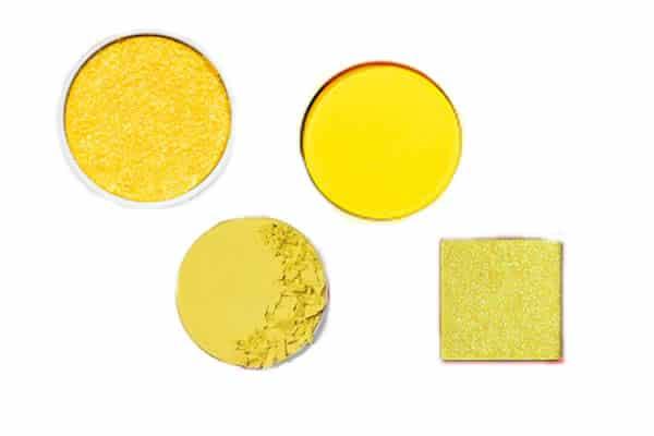comment porter le maquillage jaune