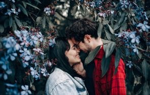 Ces 2 histoires d'amour atypiques vont faire battre ton cœur