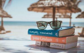 Et si tu profitais des vacances pour faire des découvertes littéraires ?