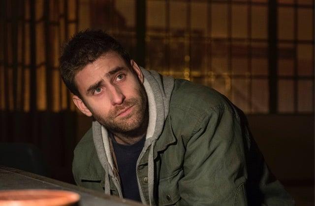 Un acteur de Hill House revient dans The Haunting of Bly Manor