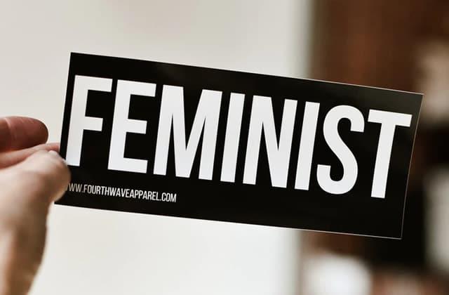 Les assos féministes où t'engager pour faire avancer l'égalité