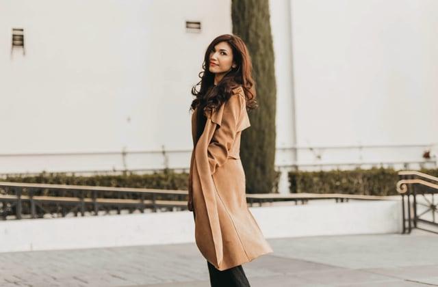3 conseils pour porter le manteau long quand tu es petite