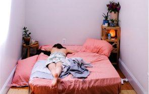 6 choses que tu devrais enlever de ta chambre pour bien dormir