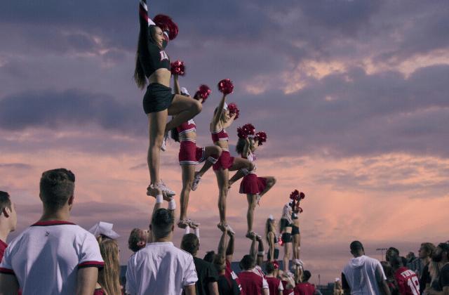 Pourquoi binger Cheer, la série Netflix sur le cheerleading ?
