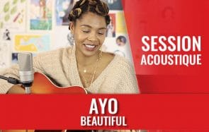 Ayo te joue « Beautiful » à la guitare en acoustique !