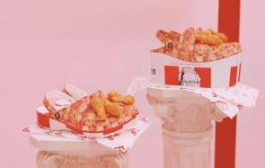 Crocs collabore avec KFC pour des chaussures… surprenantes