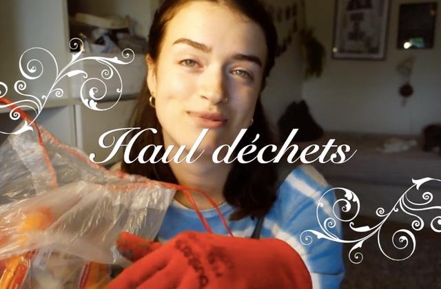 Cette youtubeuse te montre ses trouvailles « déchets » dans une vidéo satirique