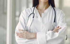 Enceinte par accident, j'ai découvert que ma médecin était anti-IVG