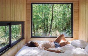 J'ai passé quinze heures dans une cabane dans les bois : récit d'un ennui salvateur